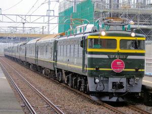 8002レ EF81 103