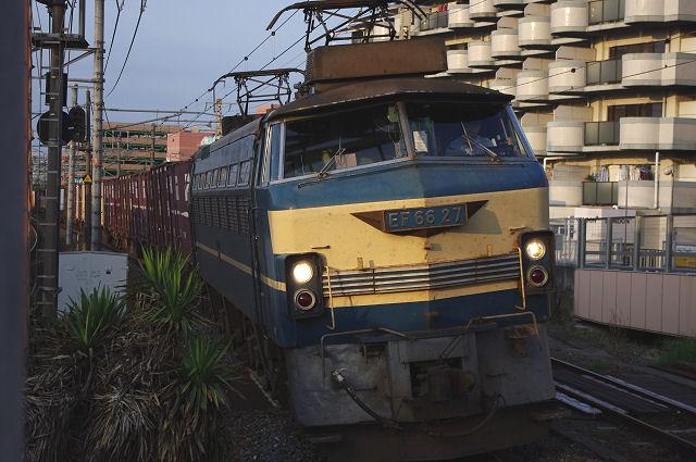 7090レ EF66 27