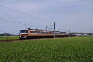 9018M 雷鳥86号 485系A04